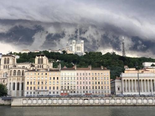 Lyon apocalypse Fourvière tempête Le Petit Paumé